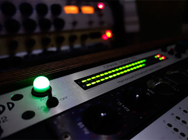 Audio mastering online