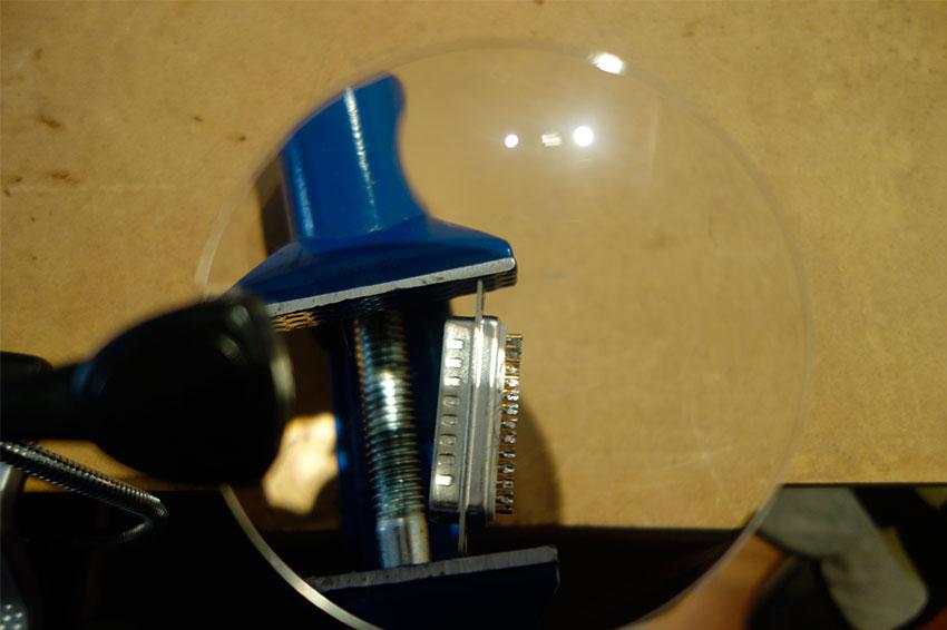 DB25-soldering-lens